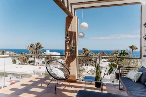 Beachhouse-Style Apartment mit Meerblick und Pool