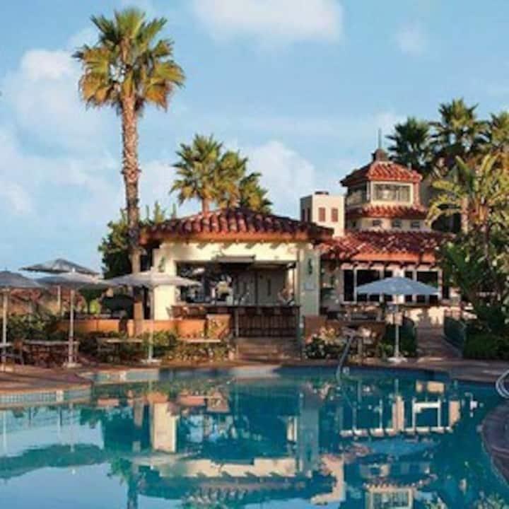 Luxury Newport BEACH resort villa 11/28th – 12/5th