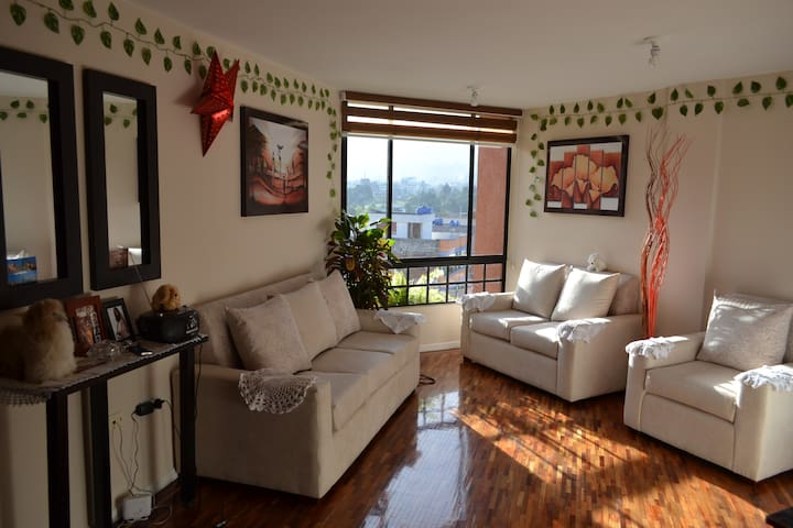 Private room with amazing views/ Bonita habitacion