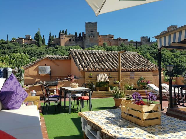 Alhambra Valley, heart of albaicín. Terrace views