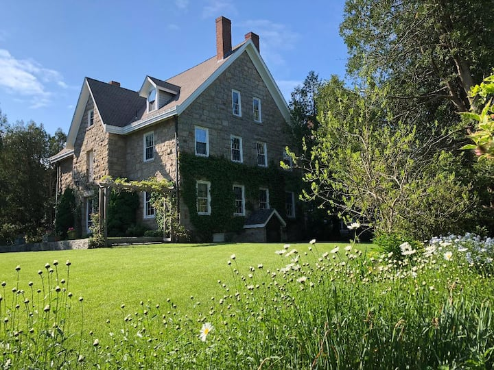 Historic home in Narragansett -BR