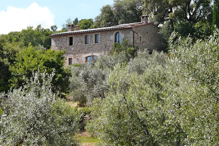 Ferien im Olivenhain - Sassofortino - Bed & Breakfast