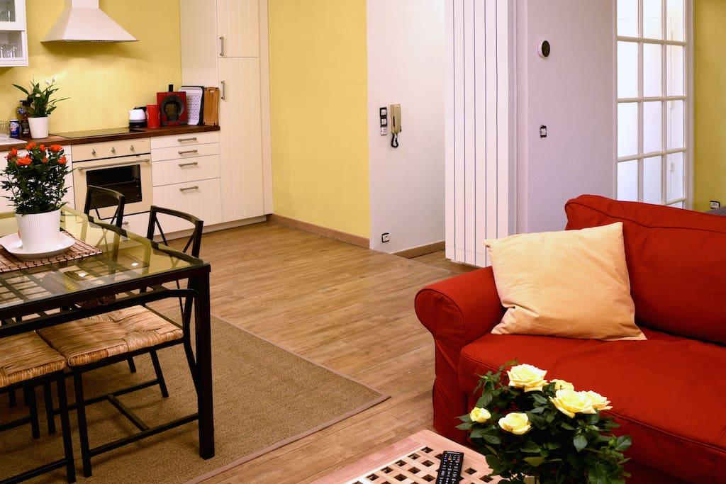 C ur bordeaux t grand studio parking option for Louer studio a bordeaux