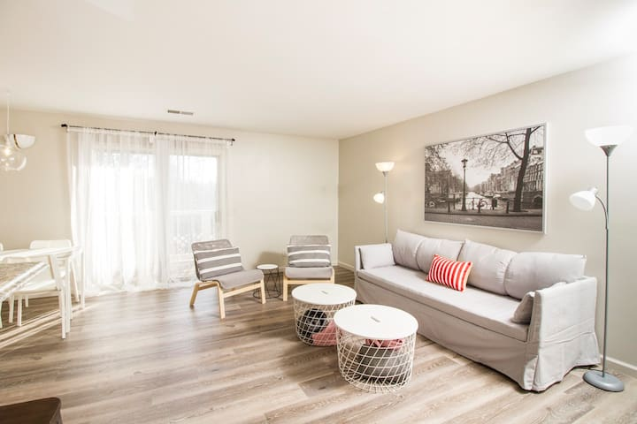 Clemson - Clean, Comfy & Modern 4 bedroom condo