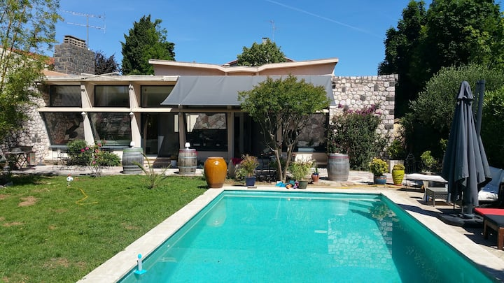 villa Saron Béziers,holiday in the the sea