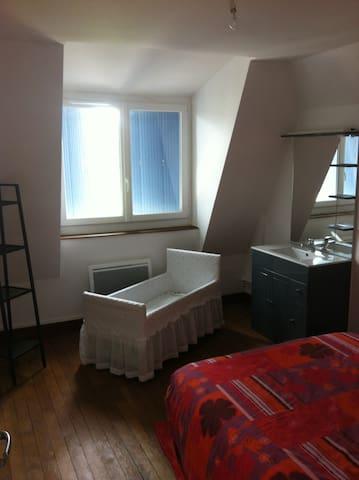 Chambre Privée - Proche Mauléon-Licharre - Espès-Undurein