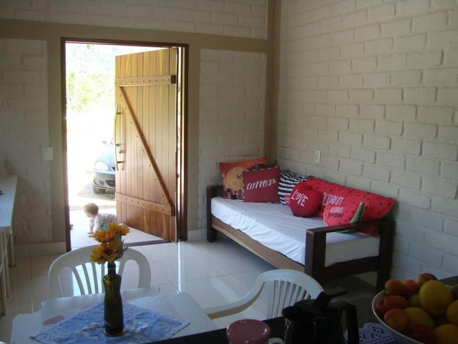 Sala + Sofá / cama solteiro