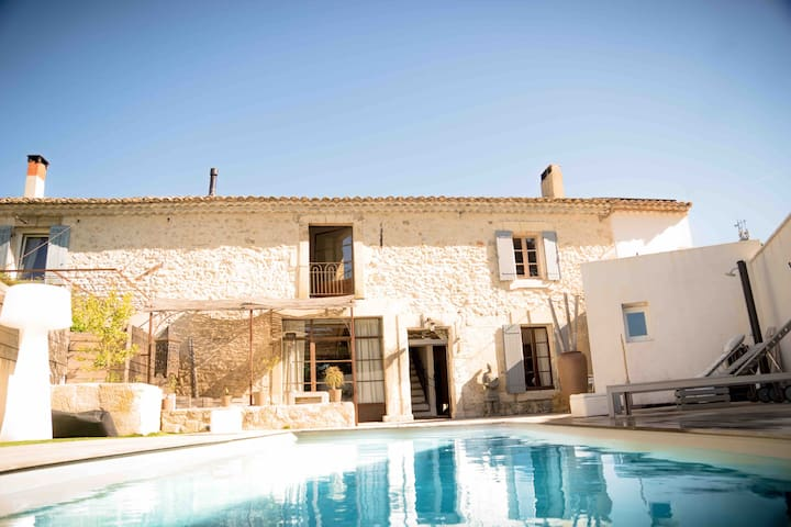 Bed and breakfasts in rognonas for Chambre d hote avignon