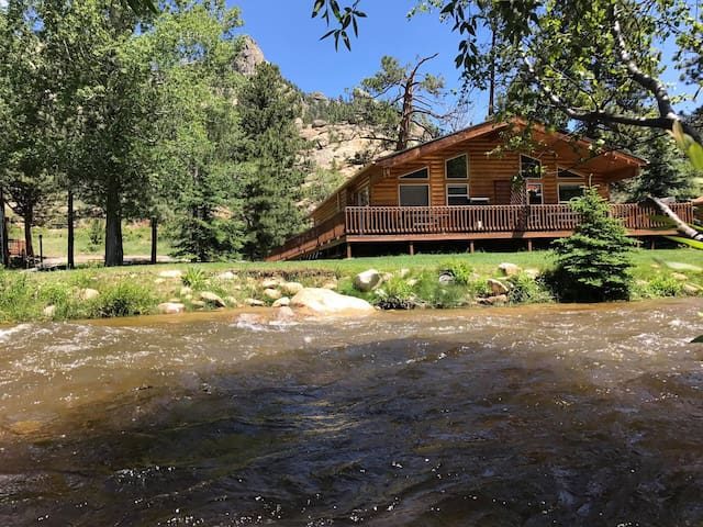 Riverview Pines - 2 Bedroom Cabin
