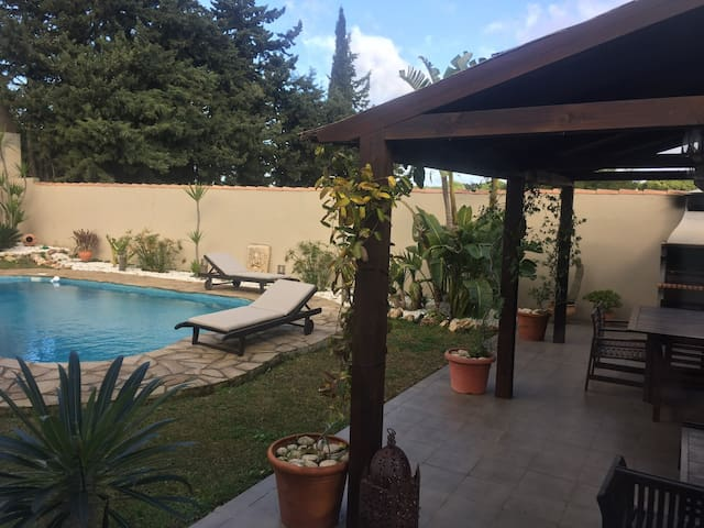 Villa con piscina privada