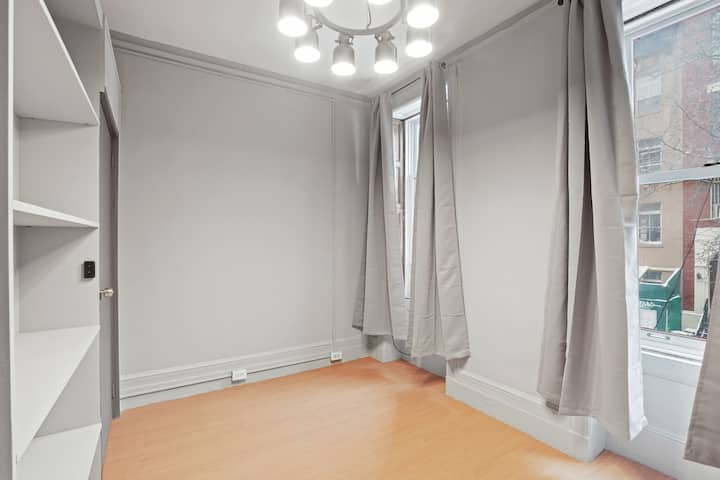 Unfurnished Bedroom in Hell's Kitchen Location