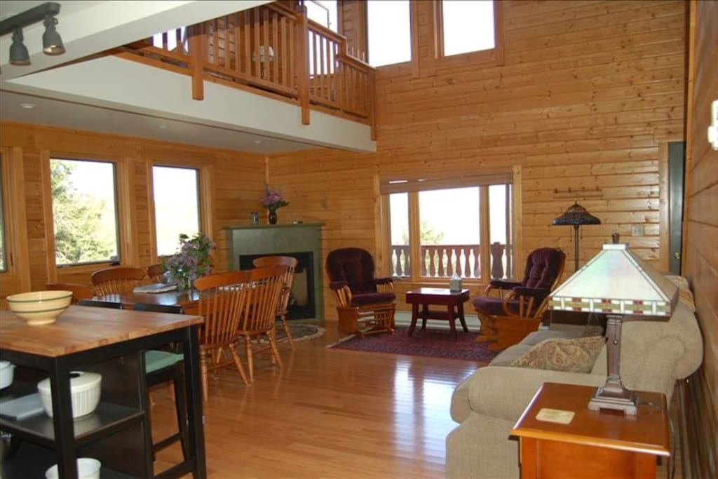 Stonewall Cabin Living Room