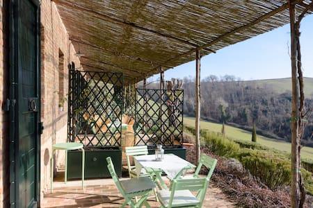 Casa Aroldo -Casale Sant'Alberto - Monteroni D'arbia - Dům