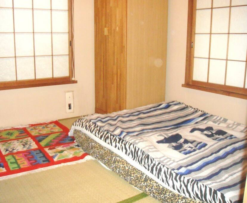 Futon bedding can be prepared from 1-3.