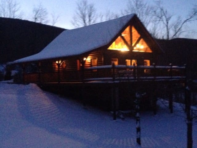 Post & Beam Mountain Retreat - Starksboro - Leilighet