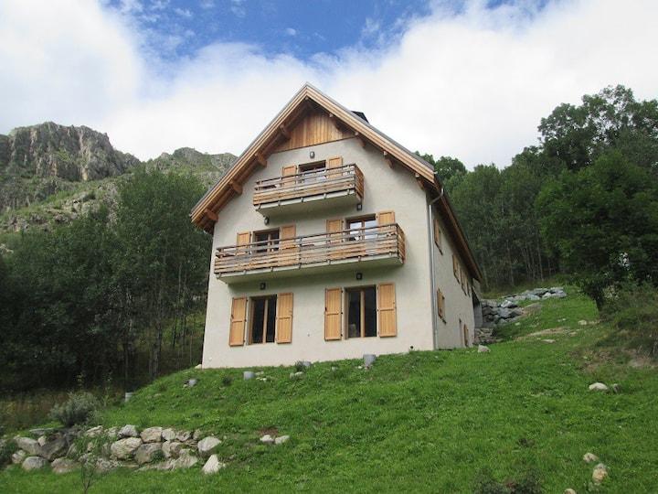 Appartement de charme 4/6 pers près les 2 Alpes