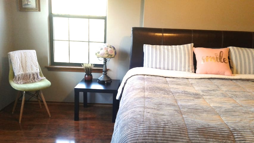 Master Bedroom with King size Englander mattress and connecting bathroom