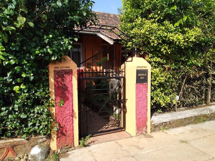 JOYS  COTTAGE 2BHK with private garden