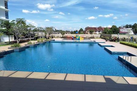 The Senai Garden -  Resort Living Truly Yours - Senai