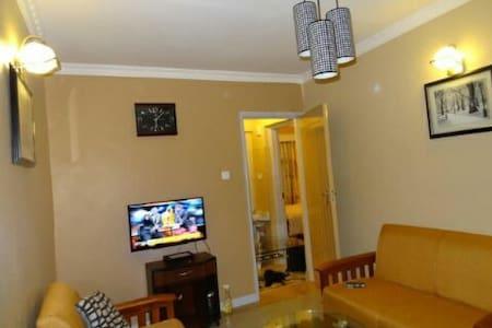 Nairobi 2 sleeper wifi - Ruaka Town
