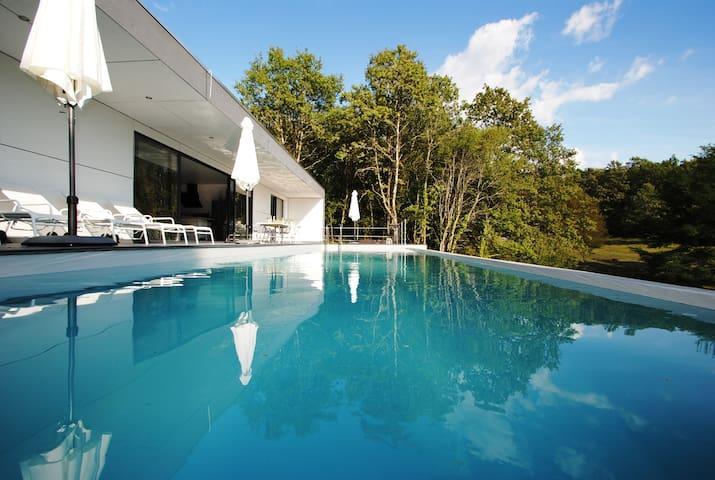 Boutique Villa Marilove met privé-zwembad, jacuzzi - Lachapelle-Auzac - Villa