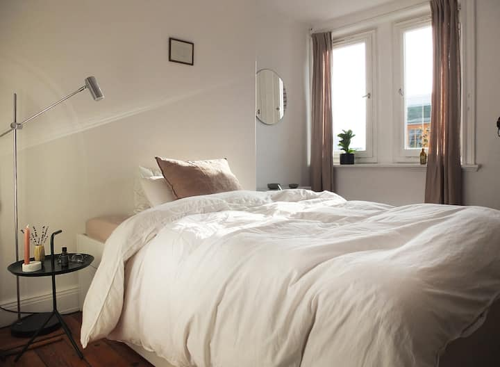 Lovely, modern room in the heart of Ottensen