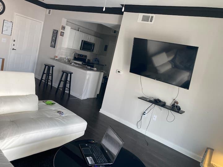 Luxury Loft near Domain