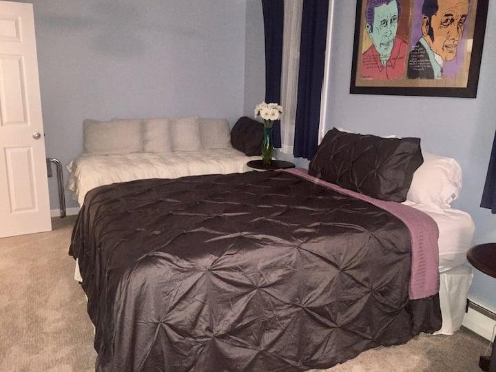 The Elvis Suite (3 bedroom)
