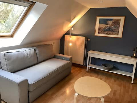 Studio in the countryside 2 km from Waterloo Lion.