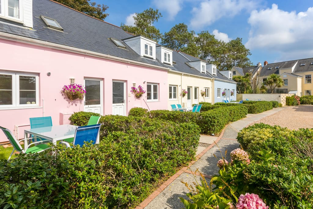 Guernsey Cotteg To Rent Home