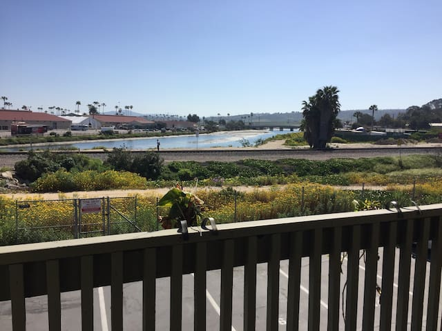 Charming condo next to the beach! - Del Mar - Appartement