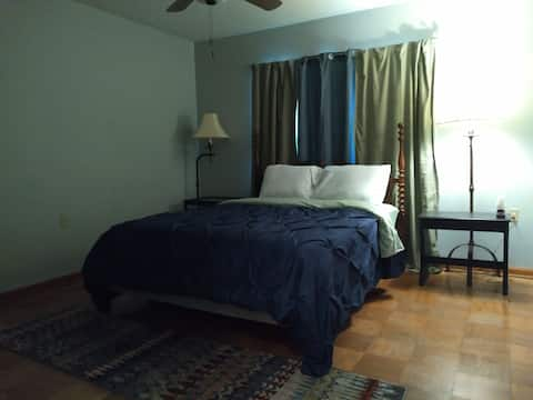 Journeyman's Lodging Private Rm#3