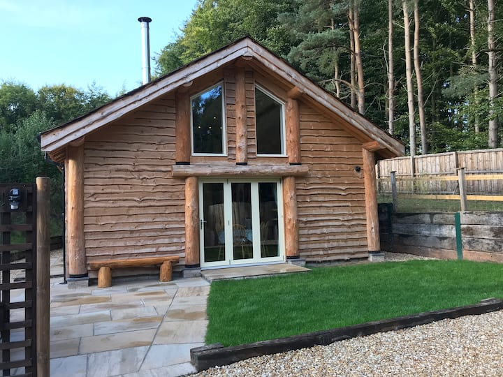Loxley's Lodge - Sherwood Forest getaway