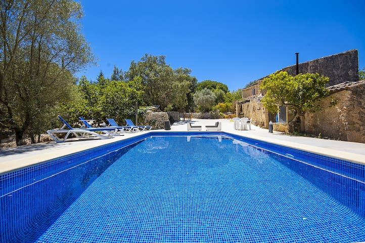 NEW! Cas Pomer: Cozy finca with pool