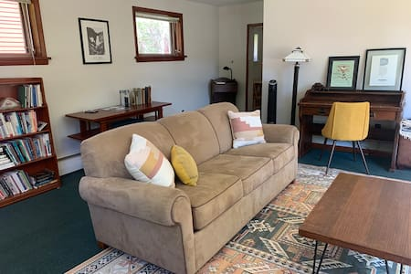 Writer's Cottage | Charming Home Walk to Downtown
