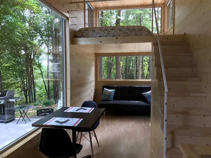 Mizu- A Tiny House Overlooking the Catskill Creek
