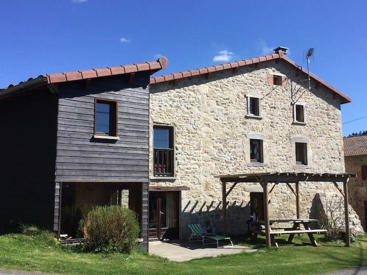 Maison familiale 8 pers.en Auvergne