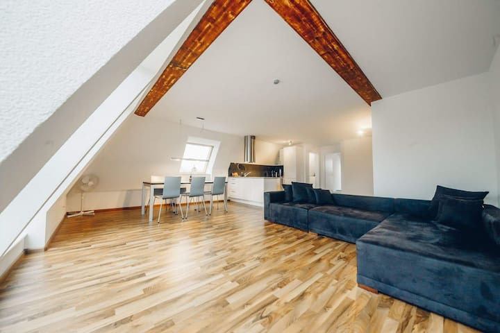 AIRSTAY Apartment 09 - Allschwil - Pis