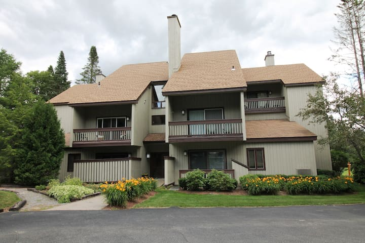 Chillax Lodge
