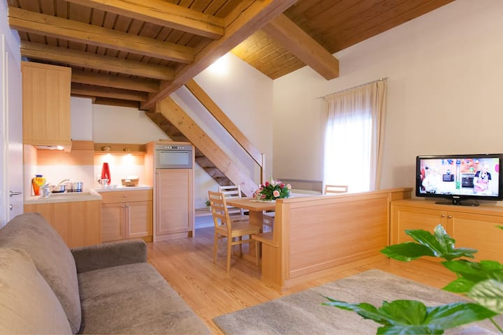 For lake lovers, spacious & comfortable attic