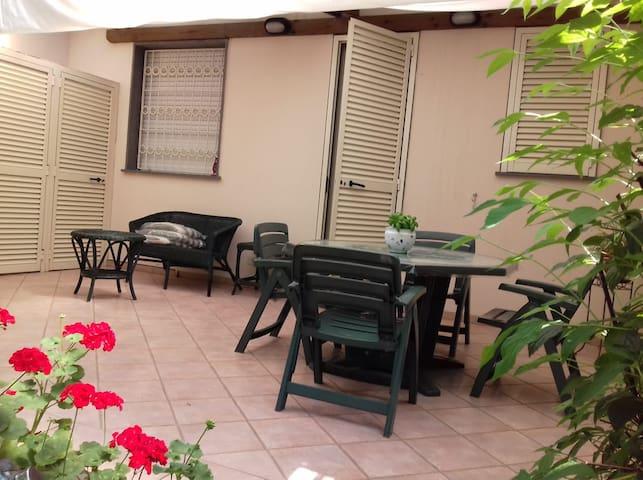 Casa con giardino privato a Viareggio