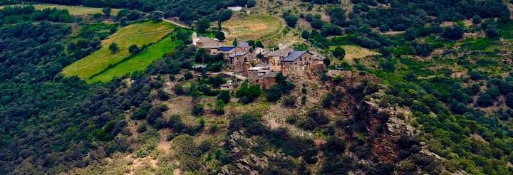 Refugio Rural Pirineo. Habitación para grupo de 10