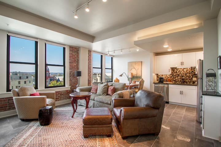 Suite 8E RESIDENCES 221 in Downtown Little Rock