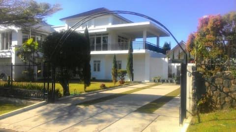 Villa Bukit Danau Lot 60