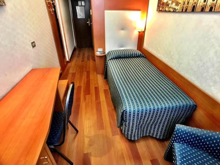 Camera Singola in Hotel Storico