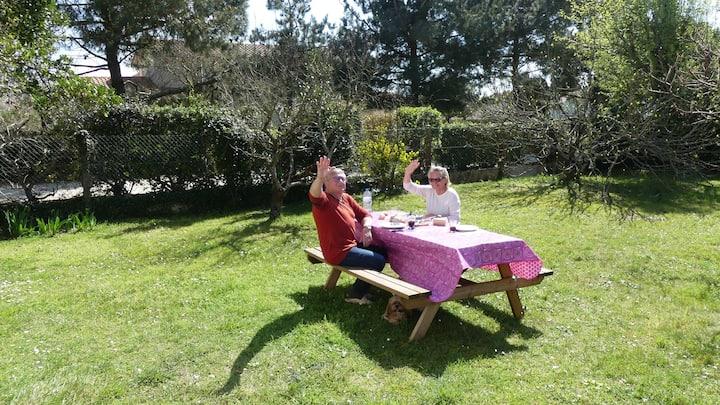 Rez de maison avec jardin privatif