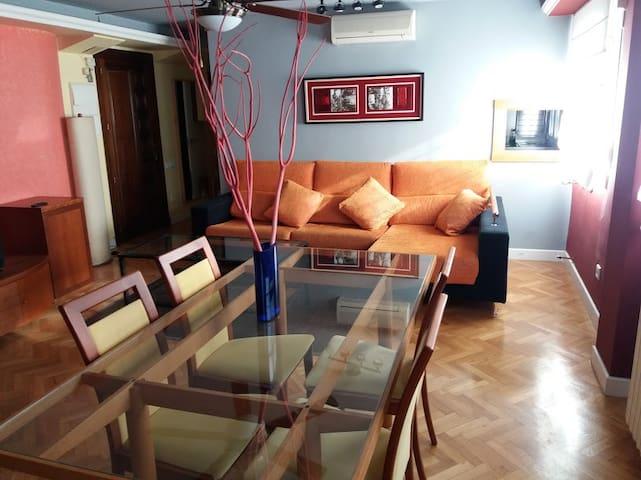 LOFT interior, céntrico, climatizado (1dormitorio)