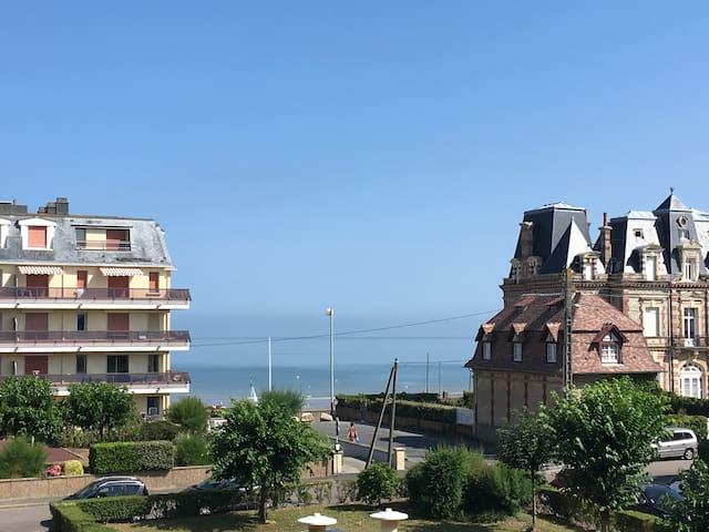 Appartement Cabourg à 2 pas de la plage