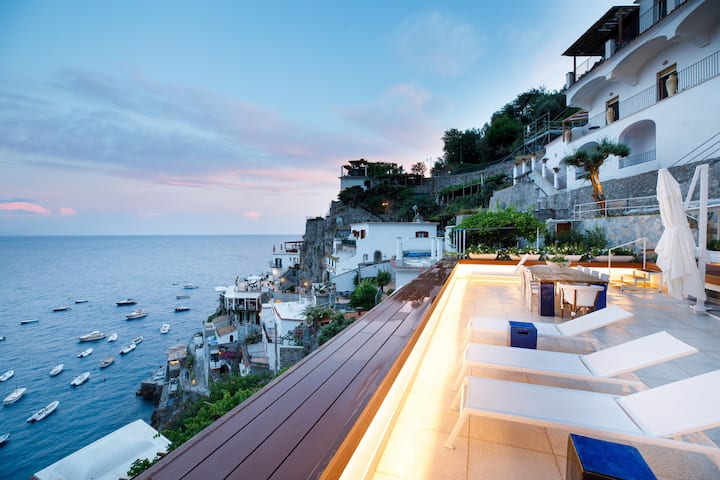 Amalfi Coast Luxury Villa with Swimming Pool