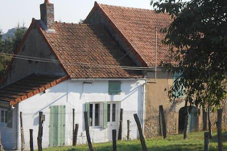 Le Petit Marquis - La vesvre de saisy - Sommerhus/hytte